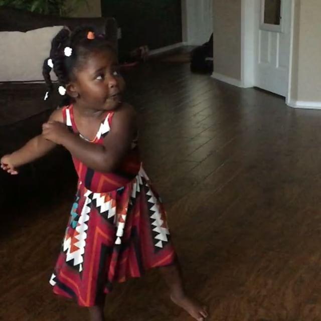 Her princess dress spin #shesaspinner #lularoe @lularoebyali #dance